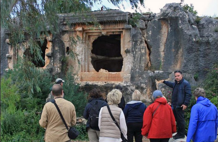 Enjoy expertly guided tours of local historical sites