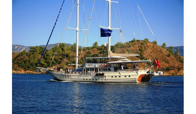 33m private charter gulet Aegean clipper for 24 guests in 12 cabins