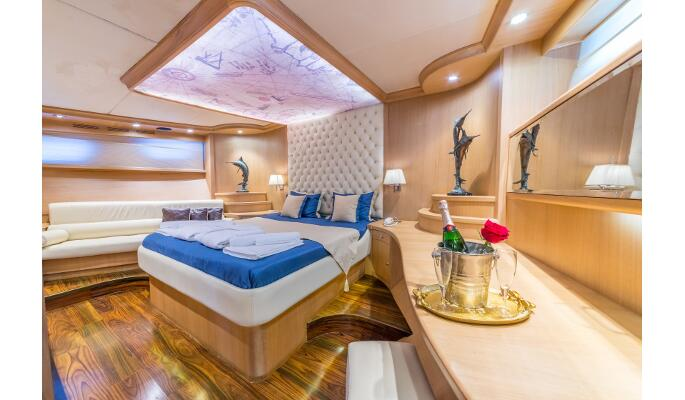 Sumptuous aft master cabin
