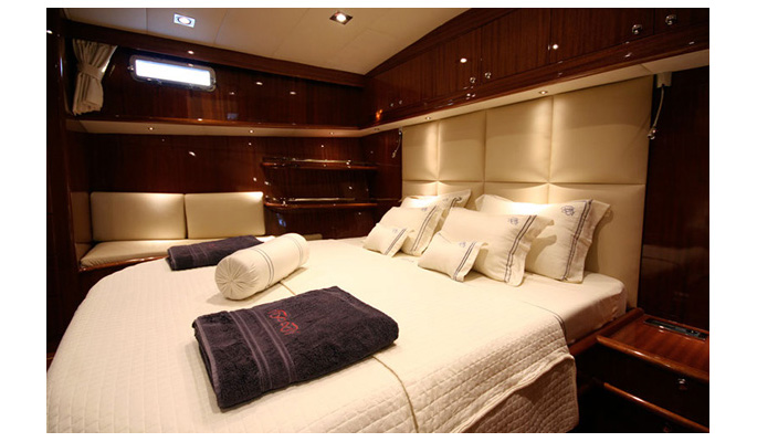 Master cabin with sofa and en suite