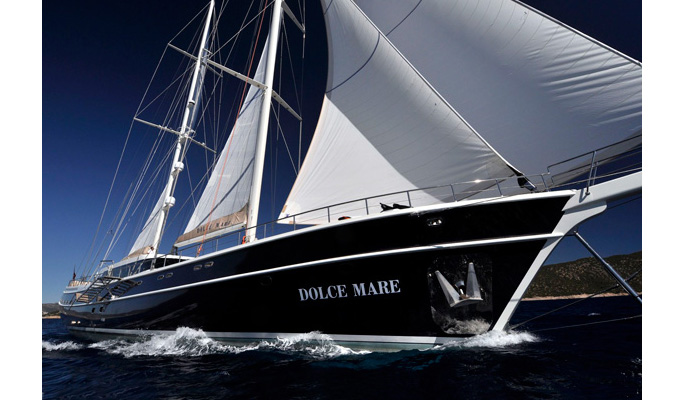 The elegant Dolce Mare cruising