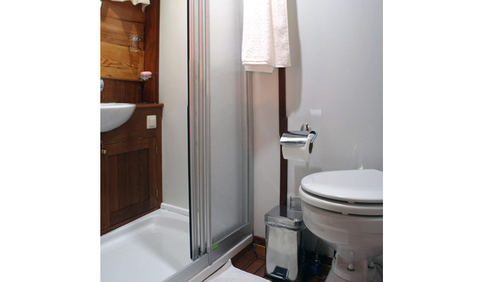 En suite with shower/ WC