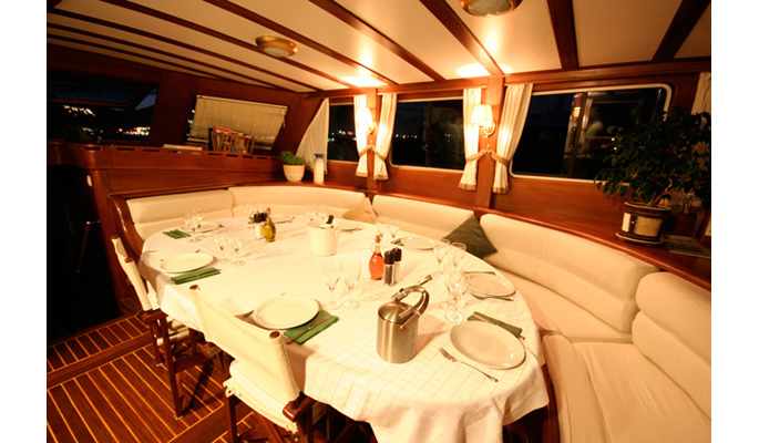 27m luxury charter gulet Kaptan Sevket for 12 guests- interior dining