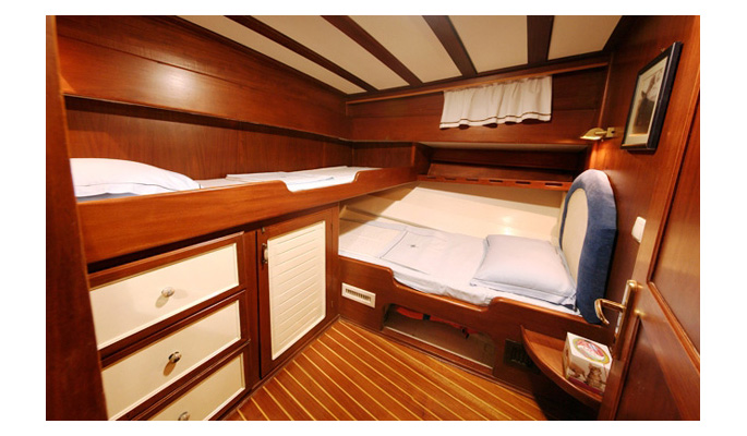 2 of the stylish double cabins have twin bunks