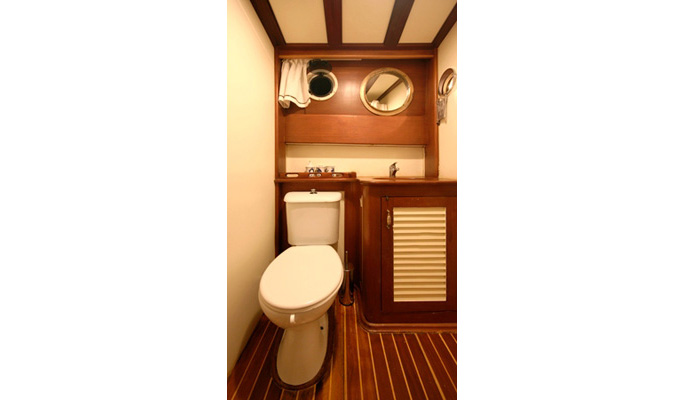 En suite bathrooms with shower/WC
