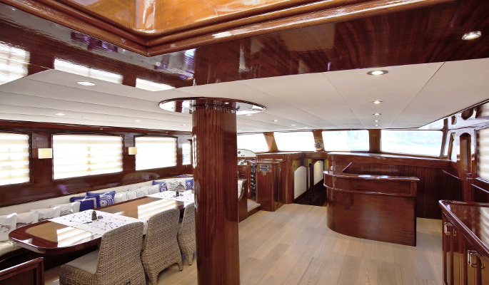 2 luxurious and  en suite double cabins