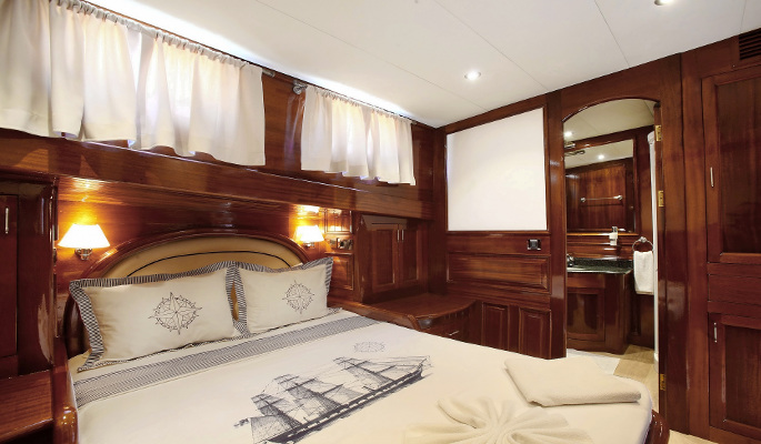 2 en suite cabins with double and a single bed