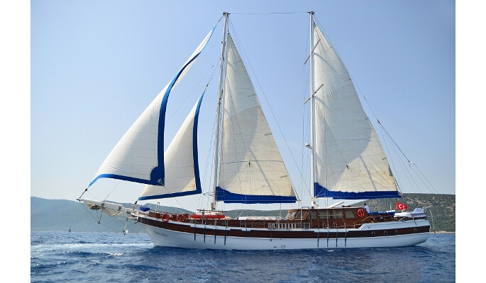 30m private charter gulet Salmakis with 6 cabins for up to 12 guests