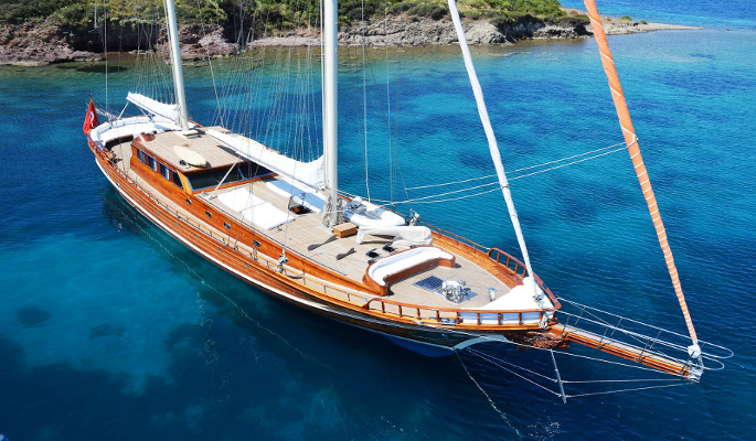 Exclusive 30m private charter gulet Smyrna with 4 cabins for up to 8 guests