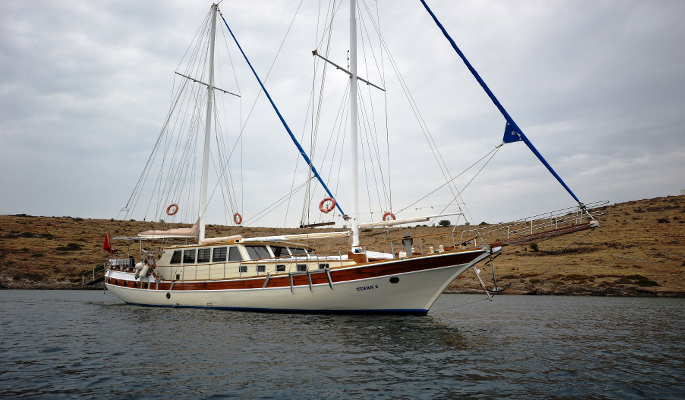 The 23m charter gulet yacht Tufan 5 accommodating 10 guests in 5 cabins
