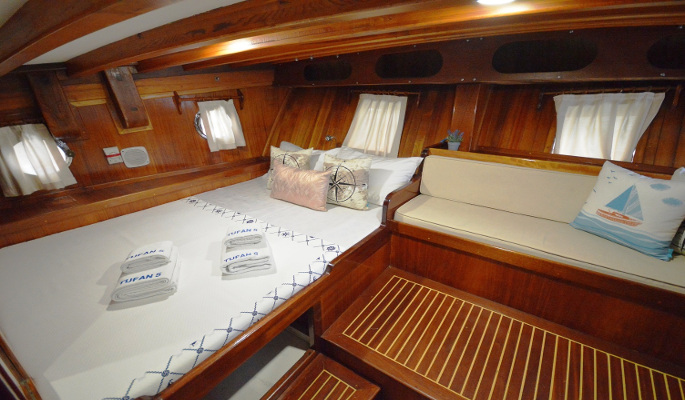 3 very comfortable double cabins