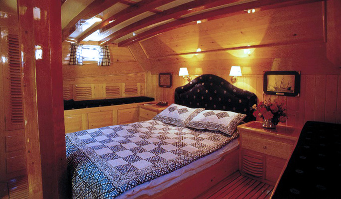 Beautifully designed and spacious en suite master cabin