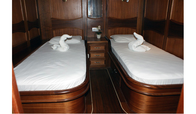 1 large twin cabin with en suite
