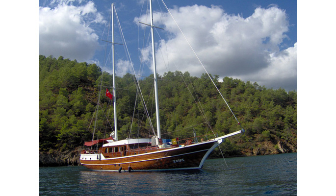 Luxury private yacht charter in the Turkish Aegean and Greek Dodecanese Islands with Zeus