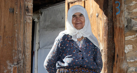 Alongside a modernising and cosmopolitain Turkey, traditional ways of life continue in rural areas particularly