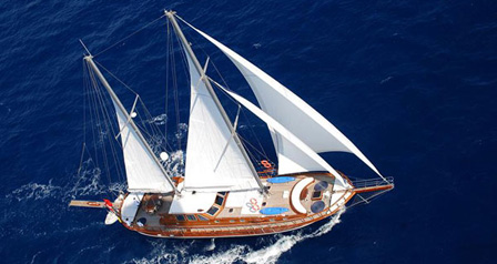 ATALANTE | 24 Metres - 4 Cabins - Up To 8 Guests - Air Conditioned