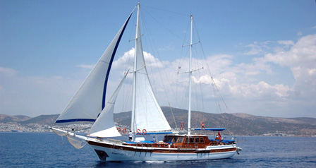 An Ideal Yacht Charter Gulet for Large Groups or Families