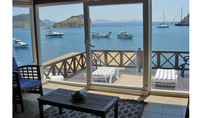 Holiday rental house and villa rentals bodrum rentals for Terrace upstairs